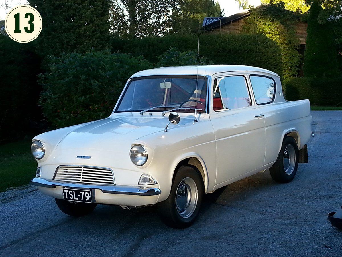 Ford_Anglia_106E_1964