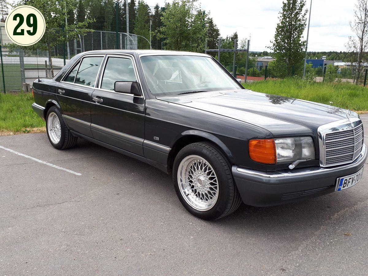Mercedes-Benz_SE_1991-1